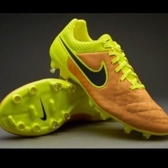 Nike Other - Men's Nike Cleats - Soccer